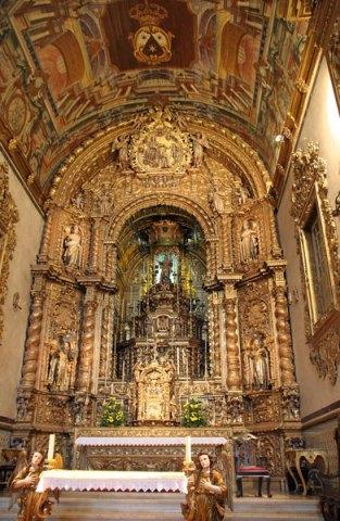 Algarve churches Faro chapel of bones church
