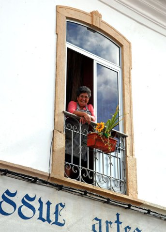 Silves local lady