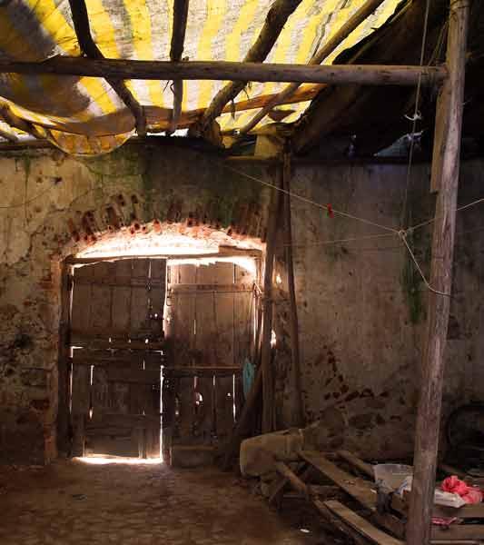 Monchique Convent old doors