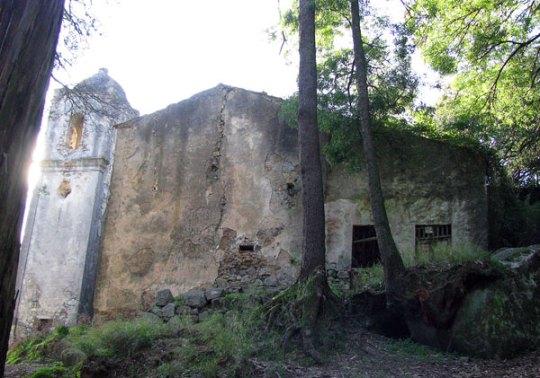 Monchique Convent exterior