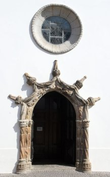 Monchique church Manueline door