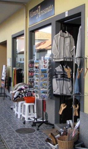 Monchique shop