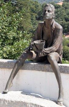 Monchique statue 1