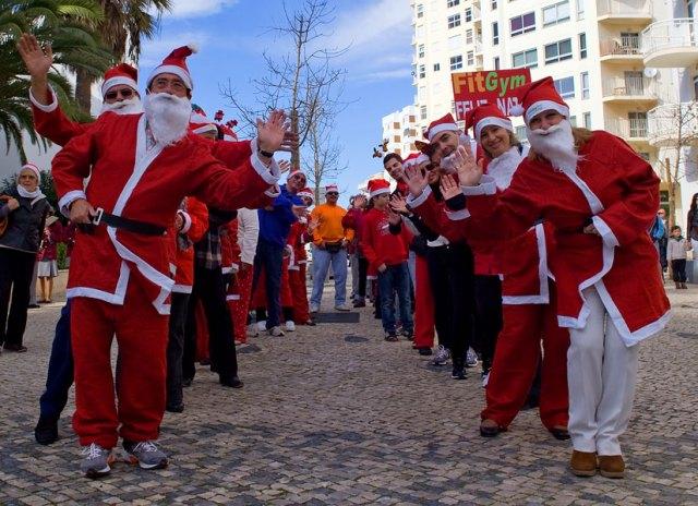 Santa walk 001