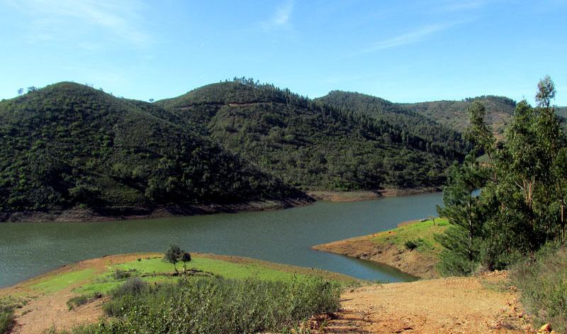 Heading into the Alentejo countryside (2/6)