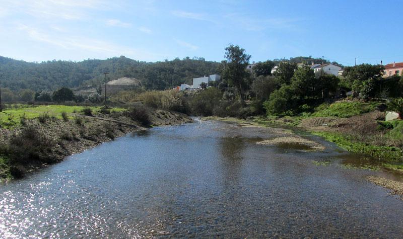 Heading into the Alentejo countryside (5/6)