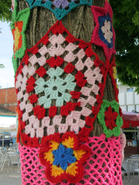 Yarn Bombing in Portimão, Algarve Blog